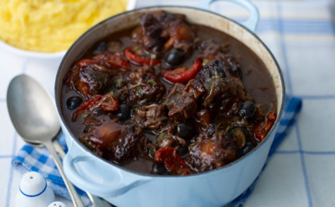 Oxtail casserole with capers