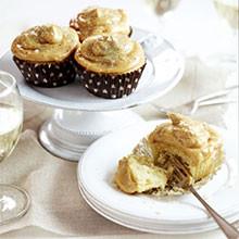 Salted peanut caramel cupcakes recipe