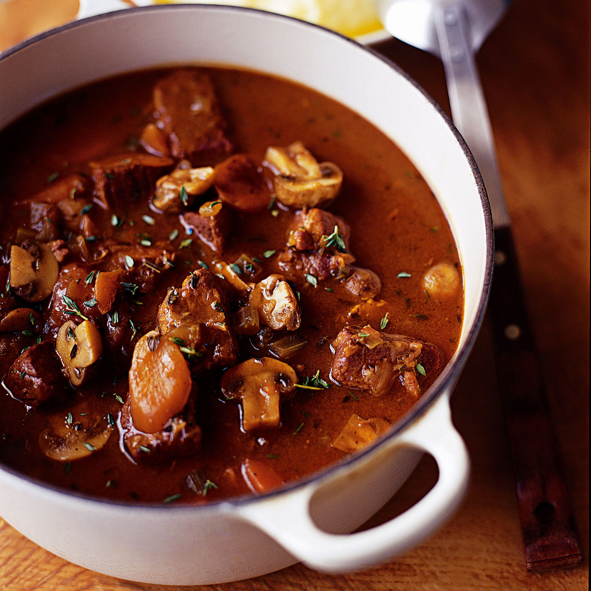 Beef, mushroom and thyme casserole recipe