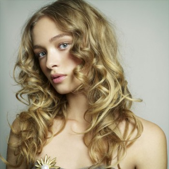 wedding guest hairstyles Long curly wedding hair