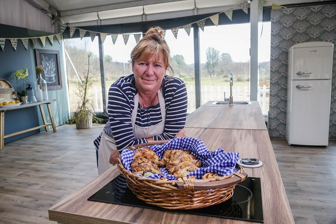 5 Minutes With SA Bake Off Winner Dot Dicks