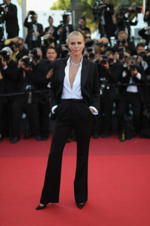 Charlize+Theron+Suits+Pantsuit+YXw9a8MHIQGx-(1)