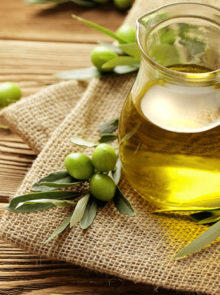 9 Olive Oil Tricks To Boost Your Beauty Regime
