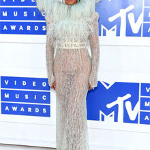 MTV VMAs 2016 Red Carpet Round-Up