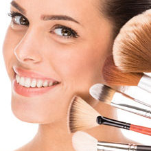 10 Make-Up Brushes Every Woman Should Own