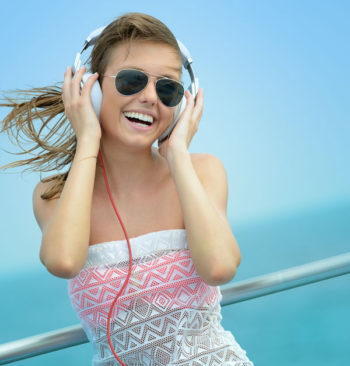 Our top 5 songs for a cruise playlist. Image: iStock