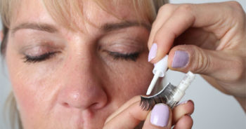 false-eyelashes-video-tutorial