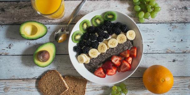 key-to-living-longer-avo,-pulses-and-vegetables