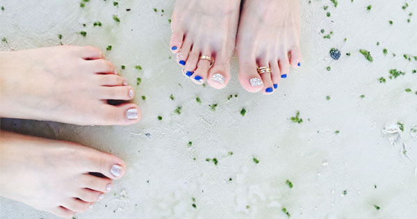 Get Rid Of Dry Feet In Winter With An At-Home Pedicure