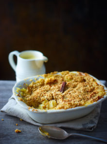 recipe for homemade custard to go with apple crumble