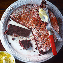4-ingredient chocolate cake recipe