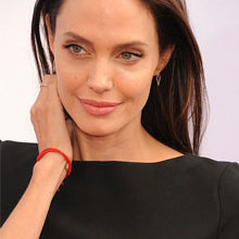 How Angelina Jolie Tackled Bells Palsy