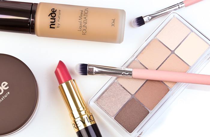 The Best Long-Lasting Make-Up To Buy