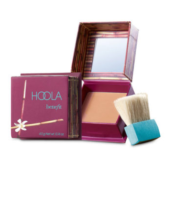 Bronze makeup: Benefit Hoola mini