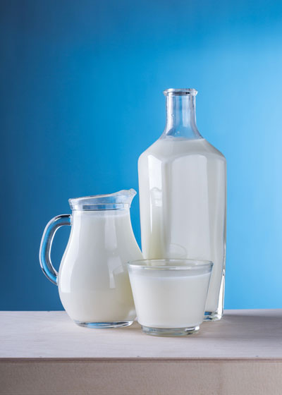 what to drink before bed to lose weight - Milk