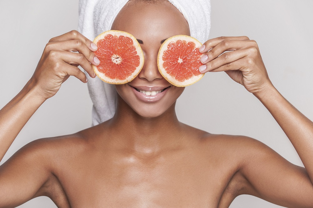 6 Natural Tips To Look Younger