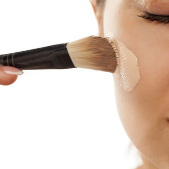 The Best Way To Apply Foundation
