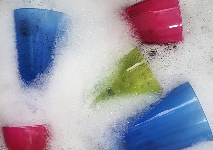 10 Unusual Dishwashing Liquid Uses You Didn't Know About
