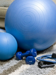 5 Indoor Exercises To Keep You Fit Through Winter