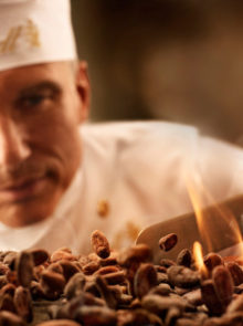 The Secrets Of Lindt Chocolate – Roasting And Grinding