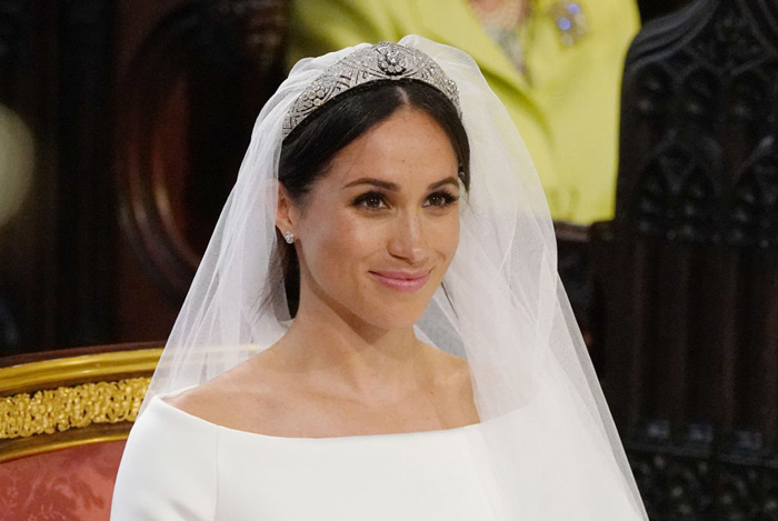 Recreate Meghan's R156 000 Royal Wedding Look For Under R1 000