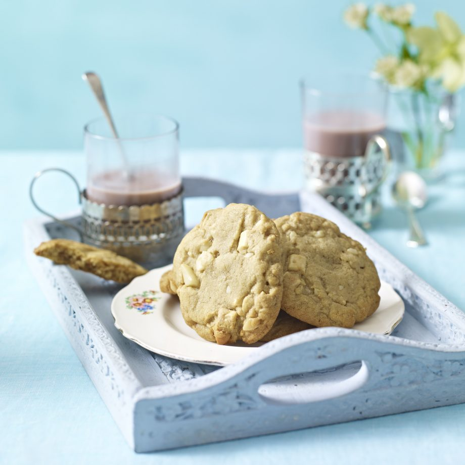 White Chocolate And Macadamia Cookies Recipe