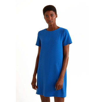get the Emilia Fox shift dress look
