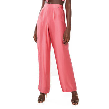 coral pink trousers
