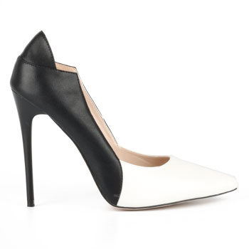 monochrome court heel