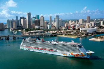Cruiseabout sailing