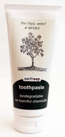 organic toothpaste for healthy teeth