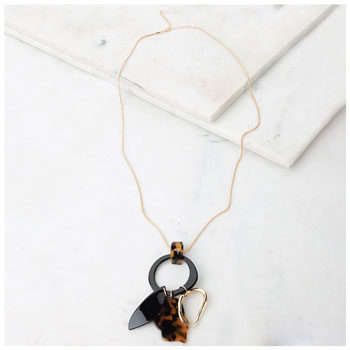 mixed pendant tortoiseshell necklace