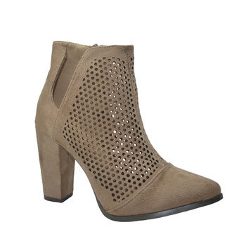 textured ankle boot