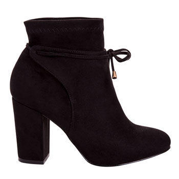 tie up ankle boot