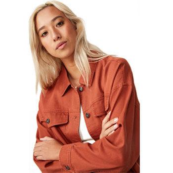 bright denim jacket street style