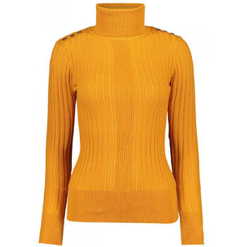 how to layer a polo neck